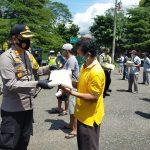 Peduli Masyarakat Terdampak Covid-19, Polres Banjarnegara Bina Sopir Angkutan Umum Serta Bagi Sembako