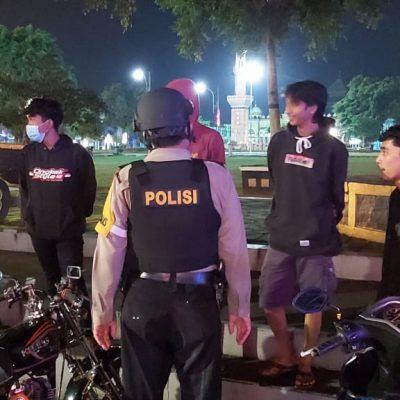 Sosialisasi PPKM Mikro Polsek Banjarnegara Giatkan Patroli