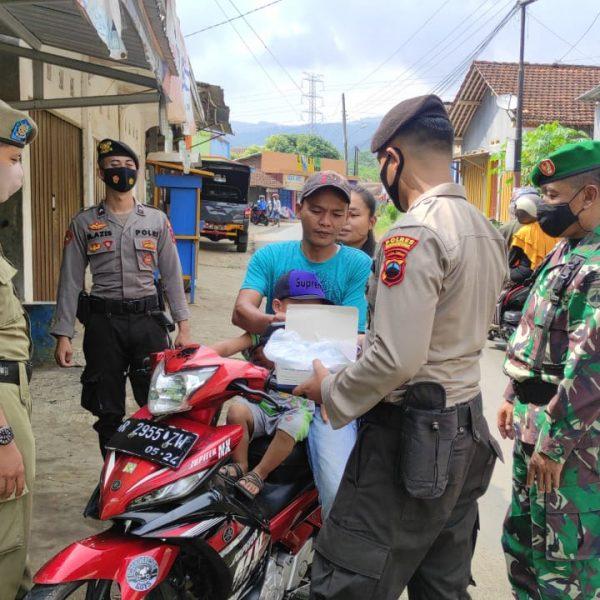 Polres Banjarnegara Kampanye Protokol Kesehatan Upaya Tekan Laju Penyebaran Covid-19